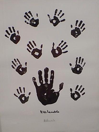 Madela Hands